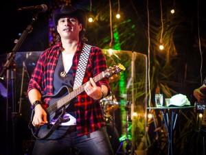 Vicente Nery tem agenda de shows movimentada no mês de julho