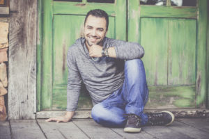 [RS] Nescafé realiza ação promocional em Campo Bom com o cantor Marcelo Cachoeira