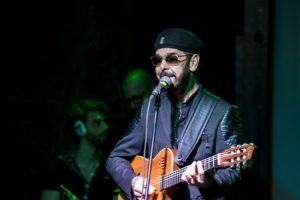 Nando Cordel comemora 30 anos de carreira em shows na Caixa Cultural Fortaleza