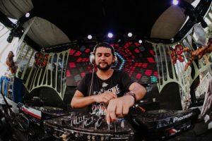 Estilo Livre, Reggae e PsyTrance pra animar a festa TerçAnormal na Biruta