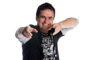 Parangolé, Ricardo Chaves e Matheus Fernandes agitam   o Meu Bloquinho
