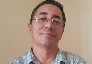 Escritor inaugura canal de contação no Dia do Livro Infantil