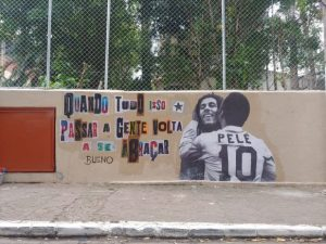 empresa doa tintas para ação com grafiteiros em Paraisópolis, São Paulo