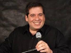 Leandro Hassum é o convidado da live da Ingresso.com nessa quarta-feira (29)
