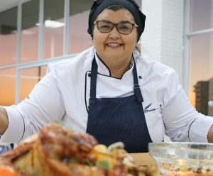 ´Faça e venda` é tema das lives de agosto da Escola de Gastronomia Social