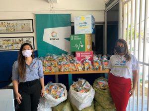 Instituto Povo do Mar e Associação Fortaleza Down recebem kits escolares e máscaras para crianças e adolescentes