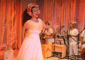 Musical Deixa Clarear tem sessão especial no aniversário de Clara Nunes