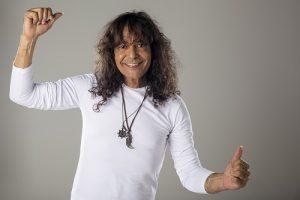 Luiz Caldas anuncia álbum com interpretações de suas canções favoritas