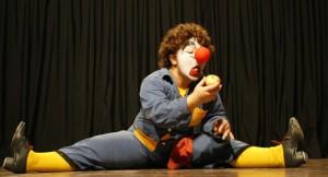 Espetáculos circenses trazem irreverência no Terça EnCena