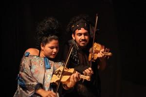 Cia Vatá comemora 15 anos de atuação com espetáculo, exposição e oficina