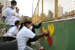 Oficina de grafitti  Colorindo a Caixola chega à Caixa Cultural Fortaleza