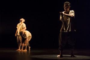 """Espetáculo  """"Locomoção""""  no Teatro Dragão do Mar"""