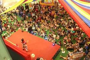 Espetáculos circenses movimentam as férias no Shopping RioMar Fortaleza