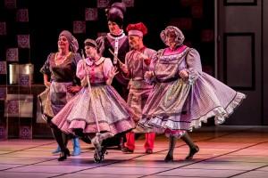 G2 Cia de Dança volta à Caixa Cultural Fortaleza com dois espetáculos baseados na existência humana