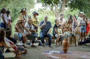 Em programação da Bienal do Livro do Ceará, Valter Hugo Mãe realizou atividade com o índios Anacé