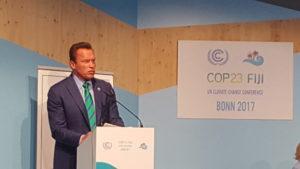 Schwarzenegger faz apelo pelo clima e alerta para os problemas de saúde