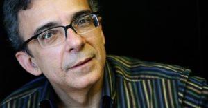 Márcio Catunda lança novo livro em Fortaleza