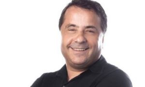 Humorista Geraldo Magela faz show gratuito em shopping de Fortaleza