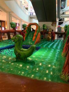 Transmissão da final do Lol, atividades infantis e cenário interativo são atrações do fim de semana no Shopping Parangaba