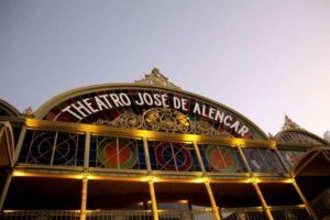 Theatro José de Alencar com    programação especial e gratuita