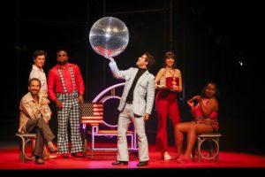 O Frenético Dancin´Days no Teatro RioMar Fortaleza