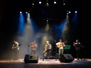 Adelson Viana e o Grupo Murmurando  apresentam live em comemoração ao dia do Choro