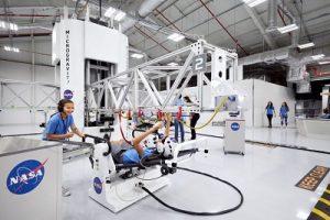 NASA Kennedy Space Center Visitor Complex oferece experiência de treinamento espacial