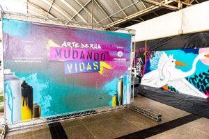 Ceará recebe primeira exposição de arte drive – thru