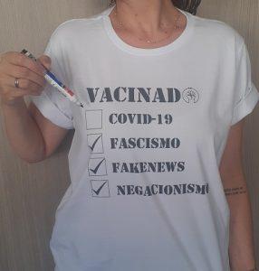 Grife  lança camiseta com caneta para pessoa sinalizar quando for vacinada contra Covid-19
