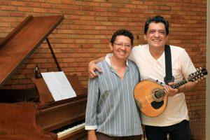 Carlinhos Patriolino e Tito Freitas homenageiam Chico Buarque em live  no Instagram