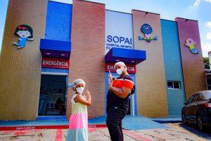 Sopai Hospital Infantil Filantrópico recebe a visita de Yarley e Rayssa Ara