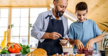 Programação do RioMar Fortaleza convida pais e filhos para cozinharem juntos