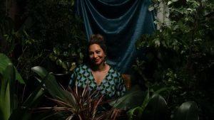Naiá Camargo lança clipe-doc com jovens ativistas fazendo um apelo para um futuro coletivo