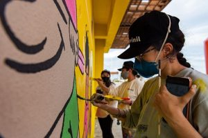 Acidum Project e Suvinil fazem ação de arte urbana na Praia do Futuro